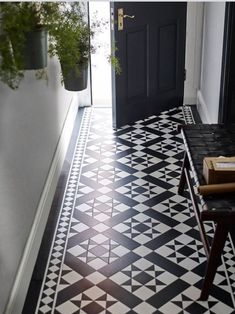 It With Patterned Vinyl Floor Tiles!Fake It With Patterned Vinyl Floor Tiles! Hall Flooring, Bathroom Flooring, Kitchen Flooring, Flooring Tiles, Tiled Floors, Diy Flooring, Kitchen Floor Tiles, Tile Effect Vinyl Flooring, Large Floor Tiles