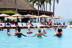 大蜡烛纳亚里特酒店每天都有水中健身操