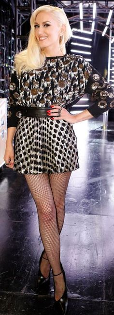 Who made  Gwen Stefani's sequin print sweater, black boots, and gold sequin polka dot skirt?
