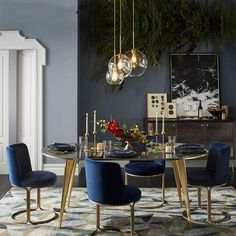 Internal Home Design: navy blue and gold dining room Dining Room Lamps, Luxury Dining Room, Dining Room Design, Dining Chairs, Room Chairs, West Elm Dining Table, Dining Sets, Luxury Living, Home Interior