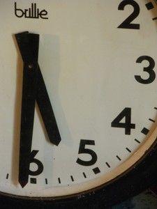 www.brocantedelabruyere.com  - horloge de gare double face