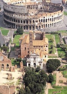 Il Colosseo, Rome, Italy #ItalyVacation