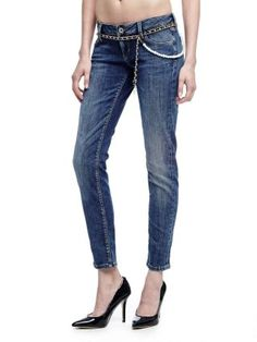 Blugi Guess dama skinny prespalati cu talie joasa Skinny, Jeans, Fashion, Moda, Fashion Styles, Thin Skinny, Fashion Illustrations, Denim, Denim Pants