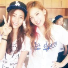 Taeyeon with Tiffany Cousin !! So Pretty ^^