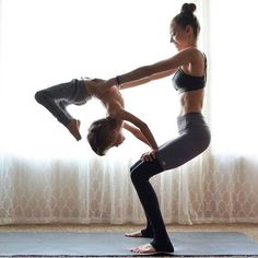 Yoga is a sort of exercise. Yoga assists one with controlling various aspects of the body and mind. Yoga helps you to take control of your Central Nervous System Vinyasa Yoga, Bikram Yoga, Yoga Fitness, Sport Fitness, Fitness Goals, Baby Yoga, Yoga Mom, Kid Yoga, Yoga Beginners
