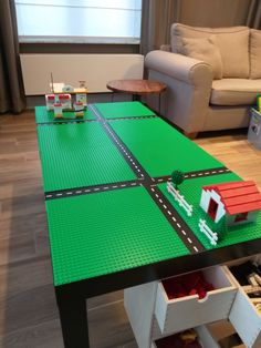 Lego tafel - New Ideas Corner Sofa Bed With Storage, Lego Table With Storage, Lego Storage, Skins Minecraft, Lego For Kids, Lego Room, Kids Room Organization, Toy Rooms, Lego City