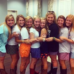 """love the pose for larger group of sisters! """"Boots and Boxers"""" social theme. Alpha Epsilon Phi, Gamma Phi Beta, Alpha Sigma Alpha, Sigma Kappa, Tri Delta, Delta Zeta, Social Themes, Social Events, Sorority Costumes"""