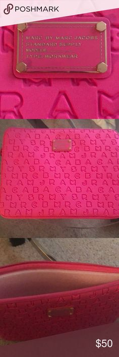 Never used Marc Jacobs lab top case Perfect condition bright pink Marc Jacobs laptop case Marc By Marc Jacobs Accessories Laptop Cases