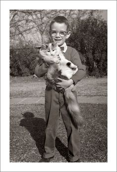 Vintage Family Snapshots – Lovely Moments of Children with Pets through Their Parents' Lens