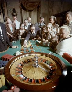 American tourists gambling at the Nacional Hotel Casino in Havana, Cuba, (Ralph Morse/The LIFE Picture Collection/Getty Images) Cuba Vintage, Mafia, Vintage Photographs, Vintage Photos, Havana City, Havana Nights, Caribbean Vacations, Life Pictures, Vintage Vibes