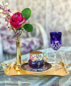 Morning Coffee Images, Iris Art, Beautiful Rose Flowers, Coffee Photography, Coffee Type, Turkish Coffee, Chocolate Coffee, Tea Party, Tea Cups