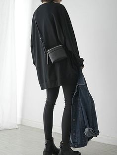 Loose Longline Sweatshirt | Layers | Black and Denim | Effortless Style | Minimal | HarperandHarley