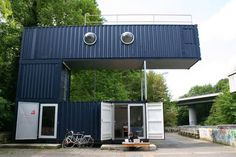 shipping-container-opera-design