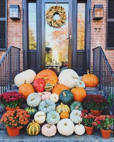 """16.1k Likes, 186 Comments - domino (@dominomag) on Instagram: """"What we wish our front porch looked like this #NationalPumpkinDay ✨ Photo by @abbycapalbo #SOdomino"""""""