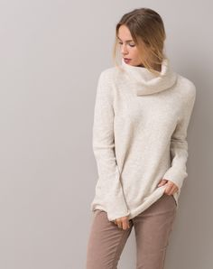 1.2.3 Paris - Les looks automne-hiver 2015 - Pull col roulé beige Steppe 95€ #123paris #mode #fashion #shopping #beige #maille #knit #knitwear #cosy #cocoon