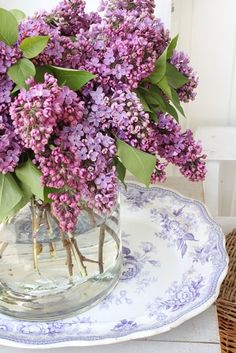 "katysflowersandantiques: "" Purple, light blue, gray and little blue ! Source """