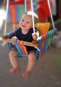 "Kids swing DIY - I dream of little people smiles- put this on my ""A girl can dream"" and ""one day"" categories Baby Kind, Baby Love, Sewing Projects, Diy Projects, Kids Swing, Baby Swings, Cute Diys, Baby Crafts, Diy For Kids"