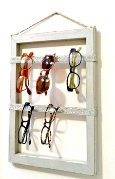 f451c622dea DIY Repurposed Eyeglass Storage. Homeroad.net Diy Storage