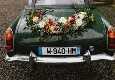 """54 Likes, 3 Comments - Lyloo & Maloe (@lyloomaloe) on Instagram: """"Don't you Love the flowers the lovely Adeline (@jaunepivoine ) put on this vintage car?…"""""""
