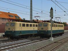 BR 110 Kastenbauform der DB in ozeanblau-beige, Ep. IV