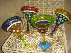 painted margarita glasses :D Etched Wine Glasses, Decorated Wine Glasses, Hand Painted Wine Glasses, Margarita Glasses, Bottle Art, Brushes, Glass Art, Crafting, Create