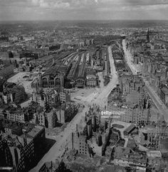 Nachrichtenfoto : Aerial view of bombed out buildings & wrecked...