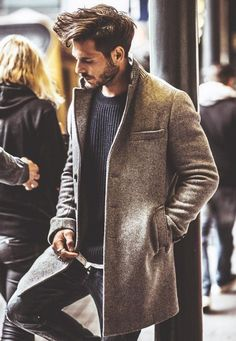 89 Cool Modest Winter Outfits For Men Street Style - Today Pin Modest Winter Outfits, Winter Outfits For Work, Work Outfits, Office Outfits, Work Outfit Men, Cool Outfits For Men, Men's Outfits, White Outfits, Jean Outfits