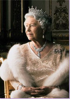 Queen Elizabeth - Detail of Annie Leibovitz photograph