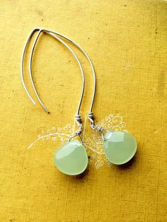 Free Shipping// Green Apple Prehnite Briolettes and by HouseofWire, $26.00