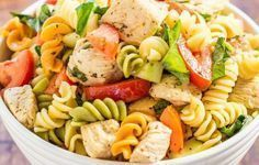 Italian Chicken Pasta Salad - Bursting with fresh flavors from juicy tomatoes, cucumber, basil, parmesan, and tender chicken tossed in a tangy lemon vinaigrette! Chicken Pasta Salad Recipes, Italian Chicken Pasta, Easy Pasta Salad, Healthy Recipes, Healthy Salad Recipes, Healthy Snacks, Salad Chicken, Grilled Chicken, Meat Recipes