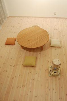 クルミ丸ローテーブル 直径130cm / カグオカ