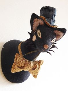Image of Le Clochard--If I had time and energy I would make this as a cat in the hat for the library.