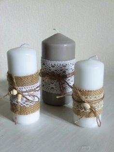 Como decorar velas con estilo rustico Candle Centerpieces, Candle Lanterns, Burlap Candles, Deco Table Noel, Christmas Crafts, Christmas Decorations, Wine Glass Crafts, Wedding Unity Candles, Candle Magic