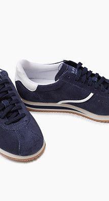 Esprit – Retro tenisky na šněrování ze semiše v našem on-line shopu