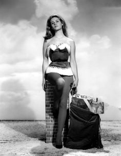 Elizabeth Montgomery Nude She Will Really Bewitch You