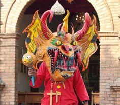 Vestimenta tradicional de los Diablos Danzantes de Yare #Venezuela #Miranda #Folclore #CorpusChristi
