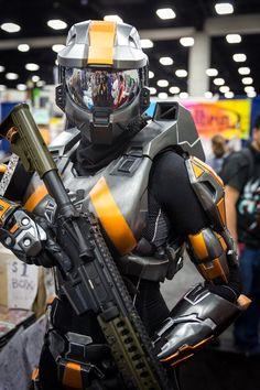 Spartan (Halo) Cosplay - #SDCC San Diego Comic Con 2014