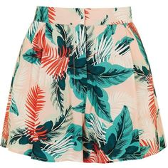 TopShop Blush Palm Print Shorts ($42) ❤ liked on Polyvore featuring shorts, rayon shorts, palm shorts, topshop, topshop shorts and relaxed shorts