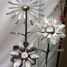 old silverware garden art Recycle Bank @ facebook.com  Photo of the day source: @Yanira Alvarez-Ortiz.
