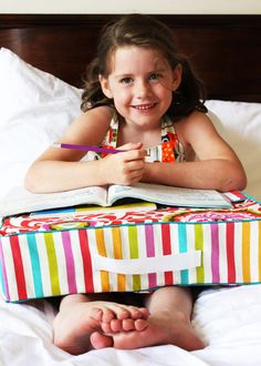 This study pillow is a great idea for kids of all ages! Full step-by-step tutorial. #sewing