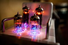 photos of GLOW tube amplifier with DAC and USB