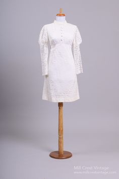 1960 Mod Lace Vintage Wedding Dress : Mill Crest Vintage