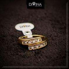 Produção fotográfica - Cliente Divina Semijoias Cufflinks, Accessories, Fashion, Fotografia, Moda, Fashion Styles, Wedding Cufflinks, Fashion Illustrations, Jewelry Accessories