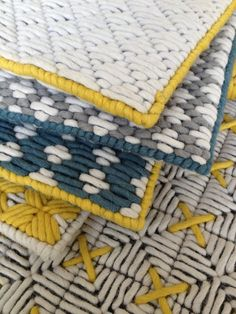 Wool woven on plastic lattice creates a hand-stitched look- whoever wrote this its plastic canvas Plastic Lattice, Tapis Design, Weaving Textiles, Fabric Rug, Fabric Manipulation, Rug Making, Plastic Canvas, Rugs On Carpet, Hand Stitching