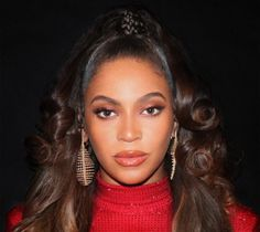 Beyoncé Online Photo Gallery: Click image to close this window Beyonce 2013, Beyonce Memes, Rihanna, Girl Celebrities, Celebs, Queen Bee Beyonce, Glam Photoshoot, Runway Hair, Close Up