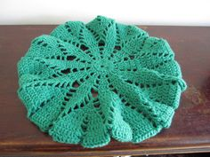 Spring grass beret free crochet pattern