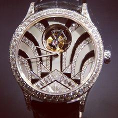 Diamonds anyone? Van Cleef & Arpels Midnight Tourbillon #sihh #watch #watchporn #instawatches #ablogtowatch