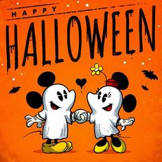 Halloween Fotos, Image Halloween, Halloween Pictures, Happy Halloween, Mickey Minnie Mouse, In The Tree, Scary Movies, Crafts To Do, Nightmare Before Christmas