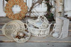 koszyki z włoczki i dekoracje wielkanocne