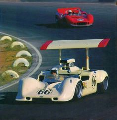 Chaparral 2G @ Can-Am 1968 Jim Hall driving